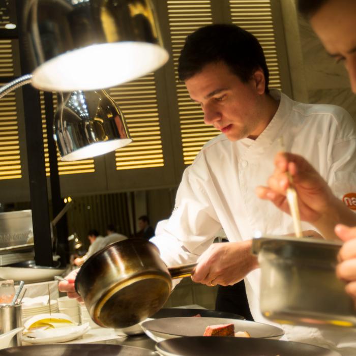 Excepcional Chef Y Su Cocina Ideas Ornamento Elaboración Festooning ...