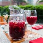 Sangría en la terraza de Pimento Cucina Italiana