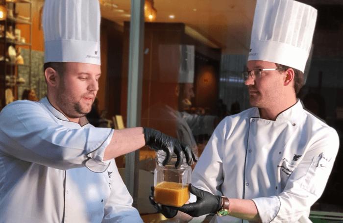 Los chefs de JW Marriott te enseñan a preparar mermeladas en tu casa